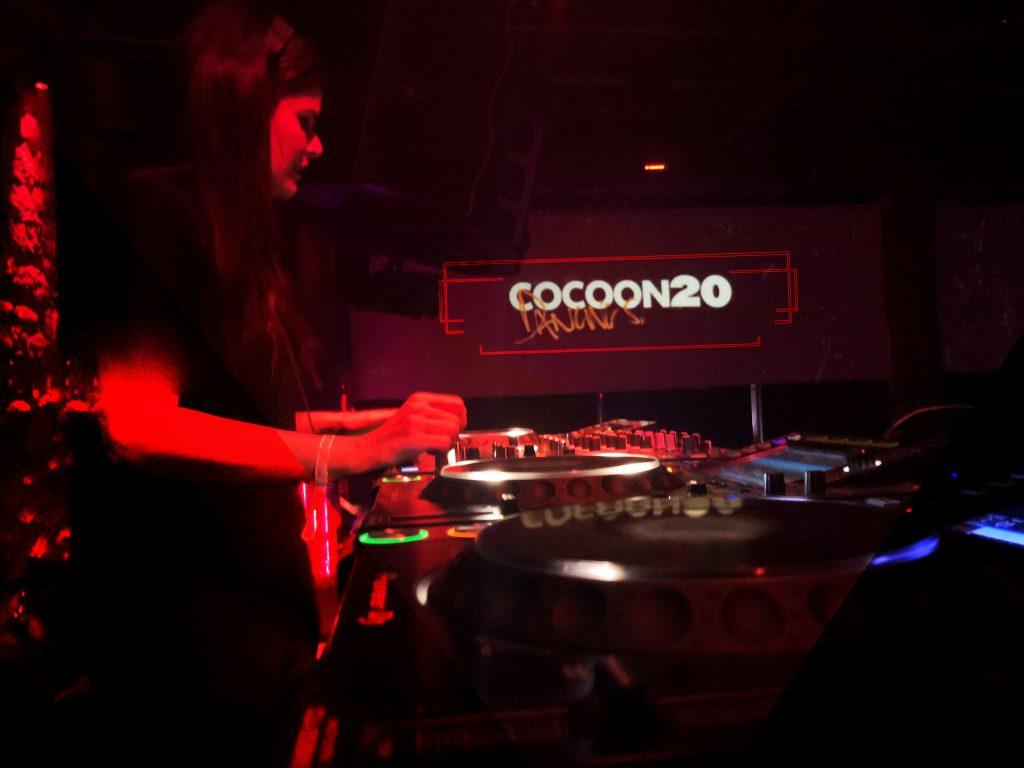 Anna Cocoon 20